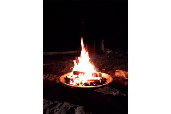 S'mores at your door - fire pit by the ocean