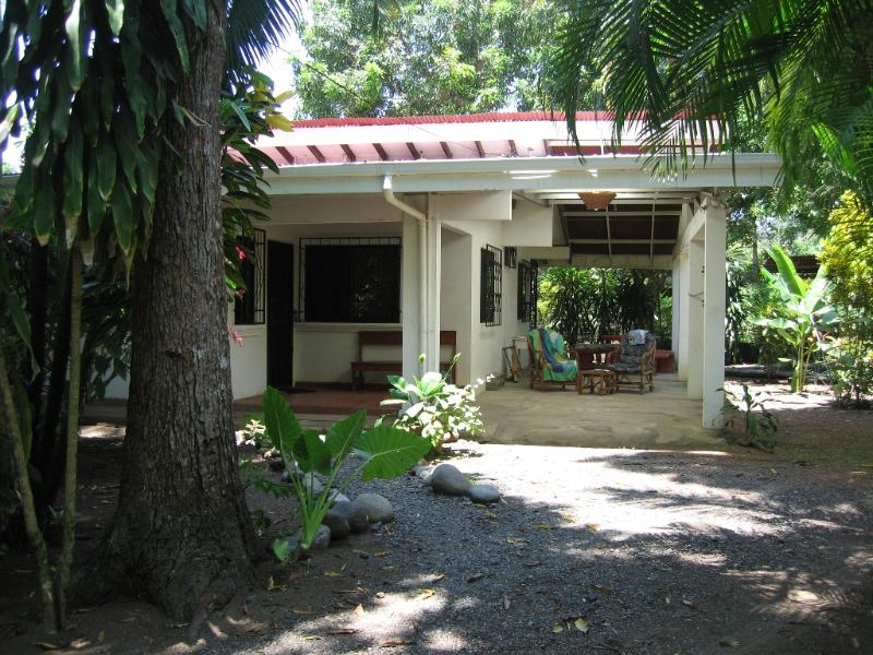 Costa Rica beach house, holiday rental in Esterillos Este
