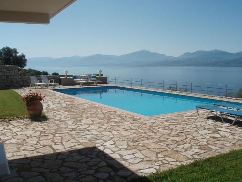 Villa Art 1, alquiler vacacional en Grecia Occidental