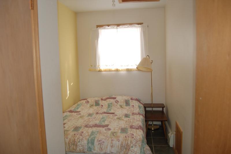 bedroom 4 - double bedroom suite
