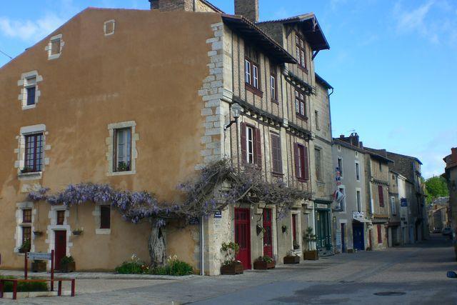 Rue Théophane Vénard