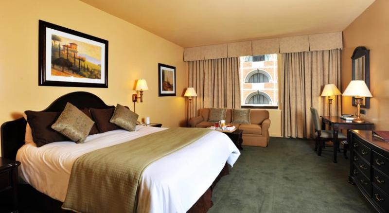 The Donatello San Francisco in the HEART of San Fr, holiday rental in San Francisco