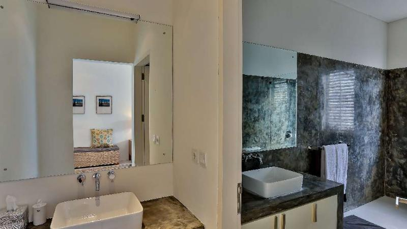 1er piso dormitorio cuarto de baño privado