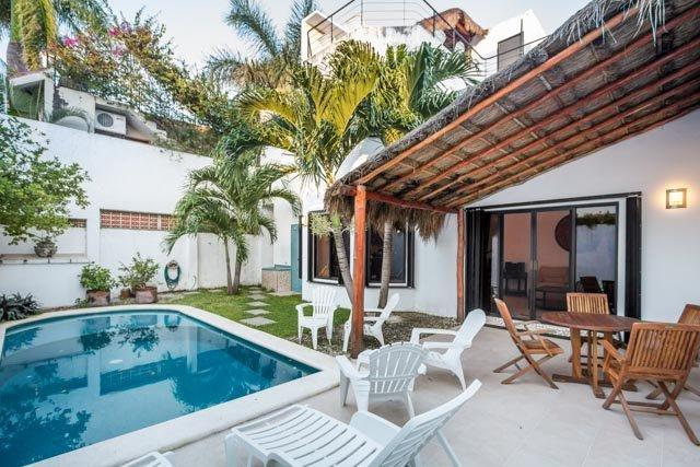 Casa Sora — Swimming Pool, Rooftop Terrace, 4 Blocks from Ocean, holiday rental in Cozumel