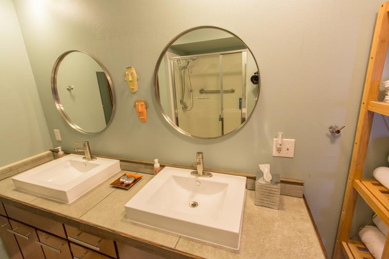 Double sinks, tile counter (2014 Upgrade)