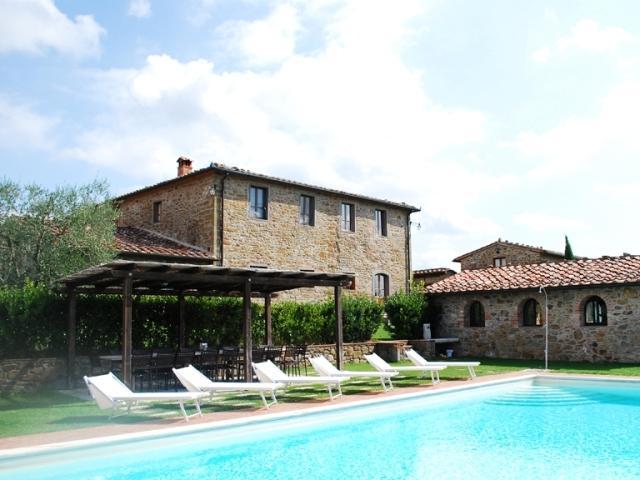 Villa Valdambre Large Tuscan villa for holidays, holiday rental Tuscany Italy, V, holiday rental in Rapale