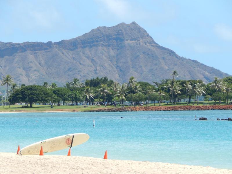 A short 10 min walk to this beach!