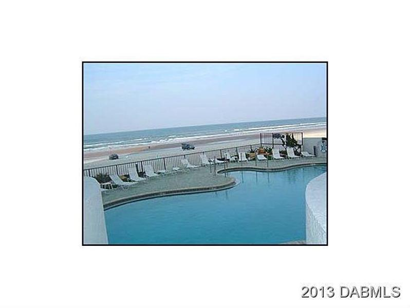 Oceanfront, heated pool with private, secure beach access!
