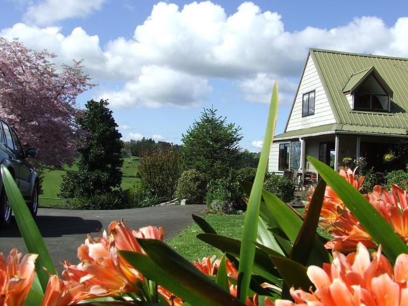 Runciman Berries and Emus B&B, holiday rental in Auckland