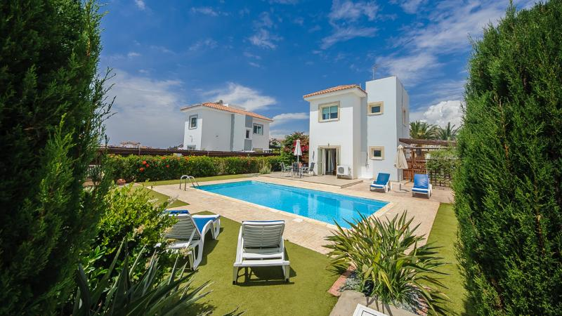 Oceanview Luxury Villa 036, holiday rental in Liopetri