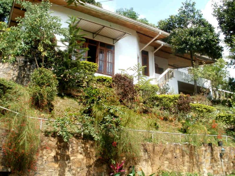 Kandy Hilltop Bungalow, holiday rental in Gampola