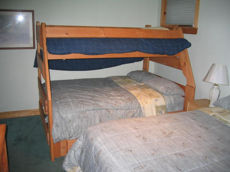 Basement Bedroom #2 - Bunk bed and a full size bed