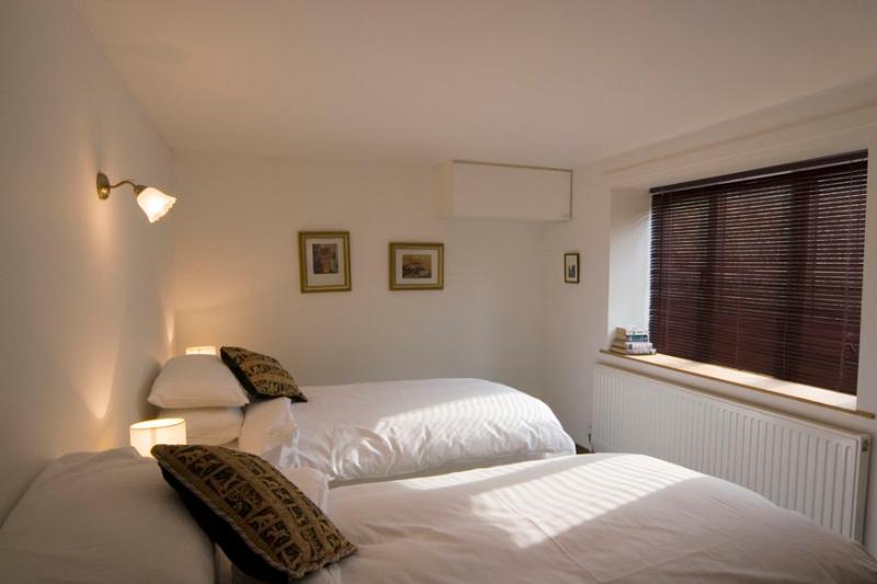 Cottage - Gamekeepers bedroom