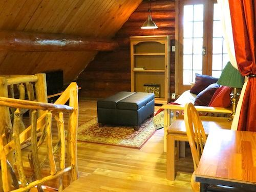 Loft with a double futon and an Ottoman that open as a single bed