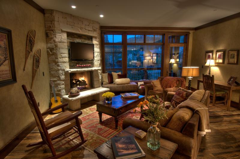 Chambre très confortable donnant sur les pistes avec foyer au gaz et 42' TV [Épinglez-le]