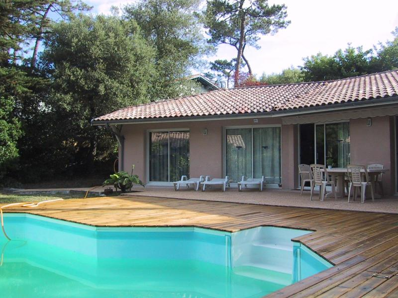 Villa With Swimming Pool Close To The Beach In Pyla Sur