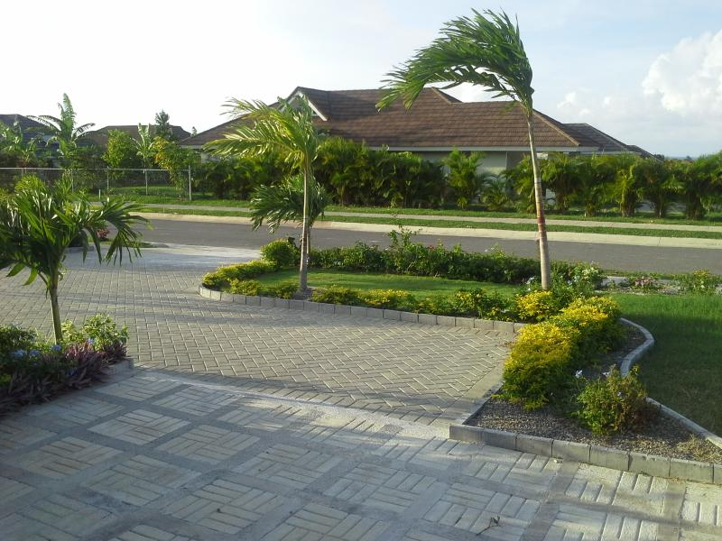VIEW OF ROAD OUTSIDE FRONT OF VILLA