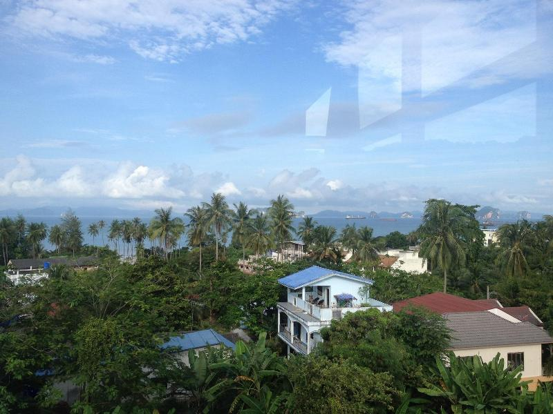 Beautiful sea-view 2-bedroom condo in Klong Muang, casa vacanza a Ko Yao Yai