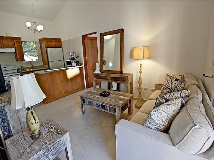 Cozy Condo. Practically on the Beach. Sosua., vacation rental in Sosua