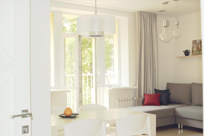 Center Apartment run by international family, casa vacanza a Regione di Minsk