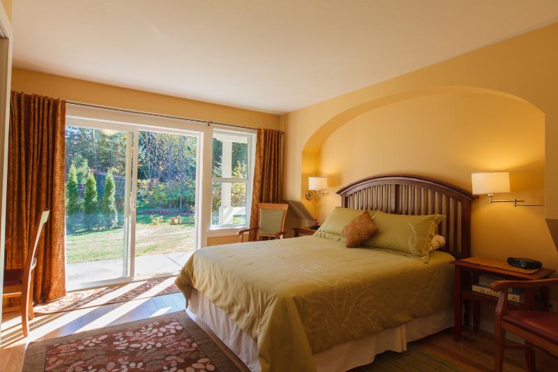 Master Bedroom with Garden View