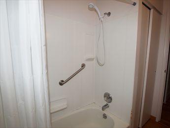 Baño con vistas a la ducha