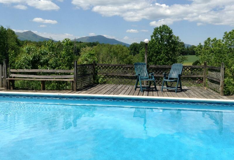View from pool to the mountains