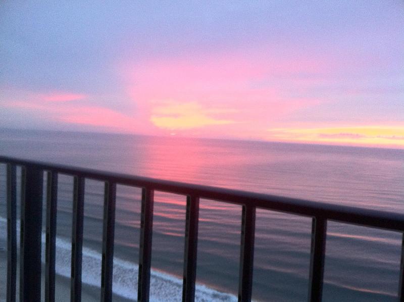 Zonsopgang vanaf balkon