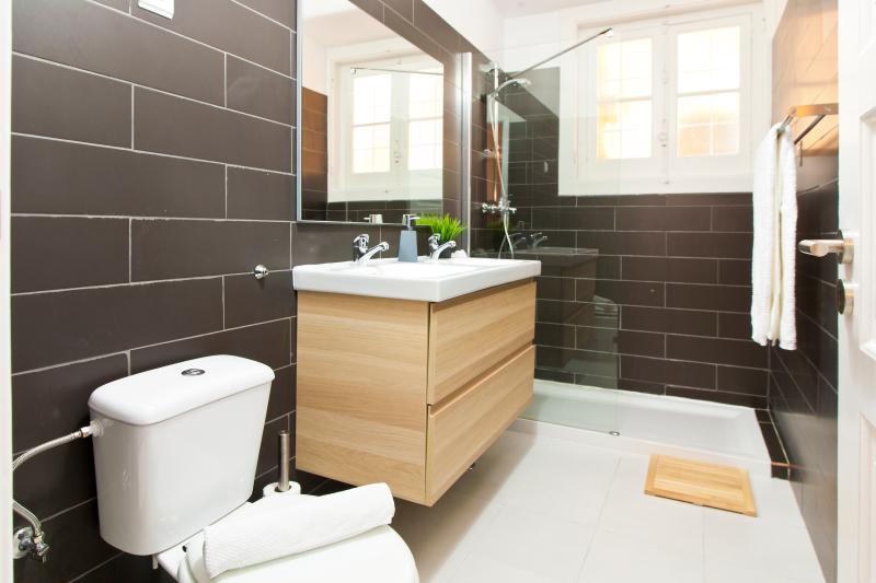 Salle de bains 1 (shwoer)