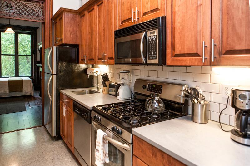 Kitchen, look towards bedroom.
