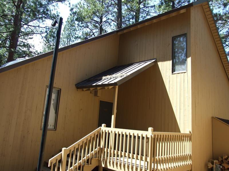 Cluster Cabin 14 - Exterior - Photo 1