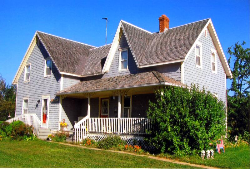 Stewart Harbourside Cottage - West Point PEI, alquiler de vacaciones en Alberton