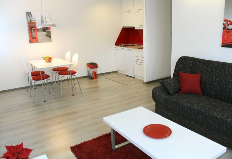 New, modern apt. close to all major sights - Red, free parking, holiday rental in Sarajevo
