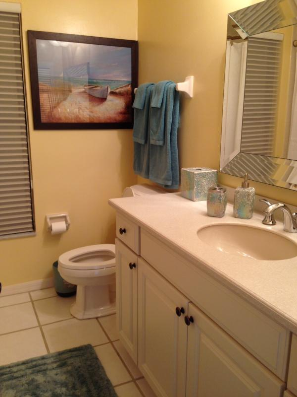 full bath by family room between room 3 and 4