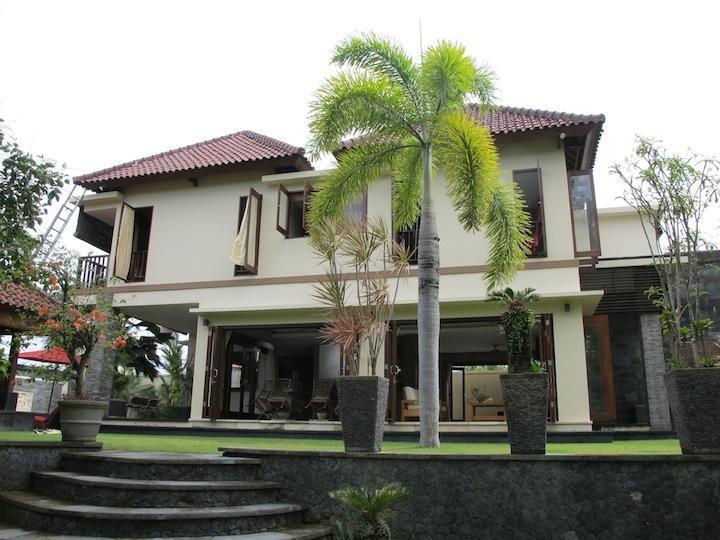 Casa principal vista frontal