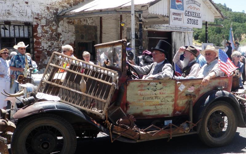Coulterville Iimo - fyi John Muir's Grandson in rear seat