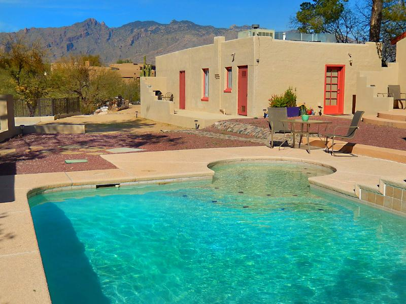 Spectacular Desert View Guest House, holiday rental in Tucson