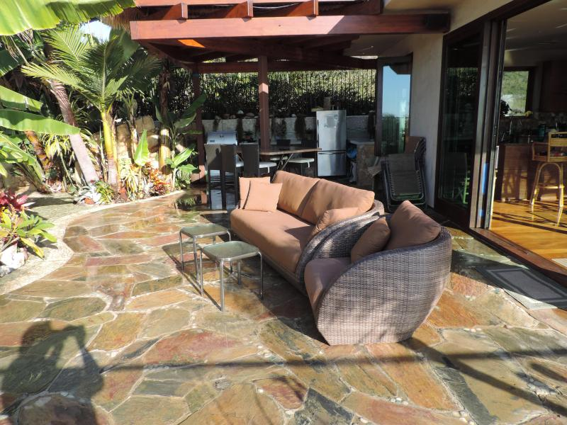New Bali outside furniture with full kitchen/ BBQ and granite sit down table for eight persons
