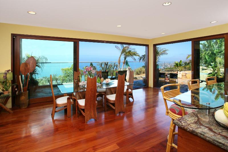 Dining room- seating for 8- pano ocean views and indoor/outdoor living areas