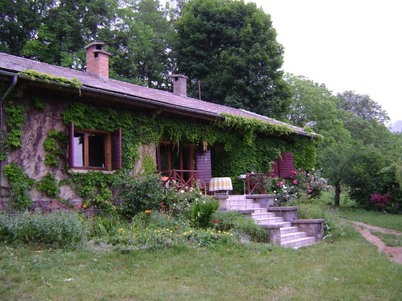 Beautiful house in the French Alps, holiday rental in Les Cotes-de-Corps