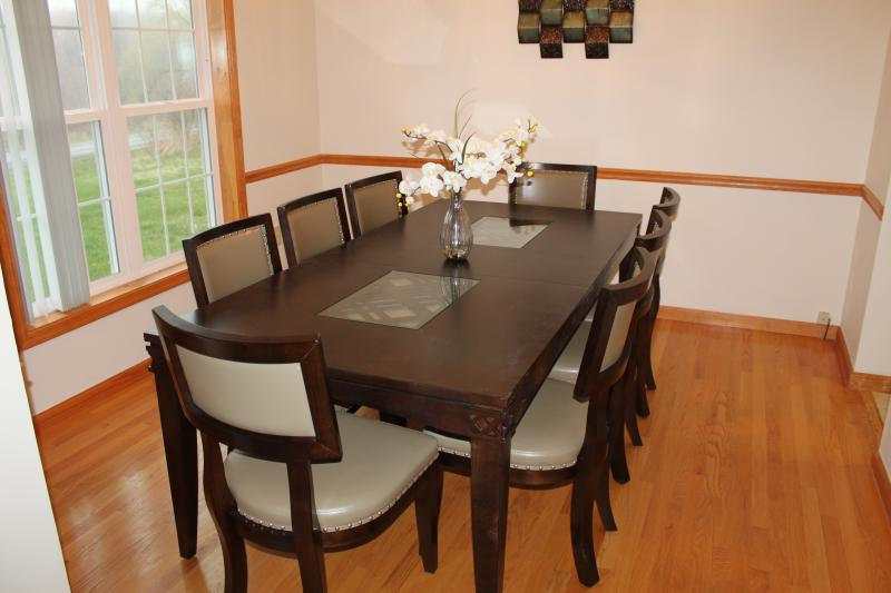 Formal Dining Room with new, modern furnishings - seats 8 persons comfortably.