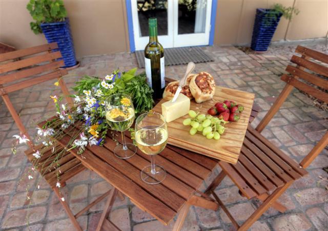 Geniet van de lokale wijnen & kazen
