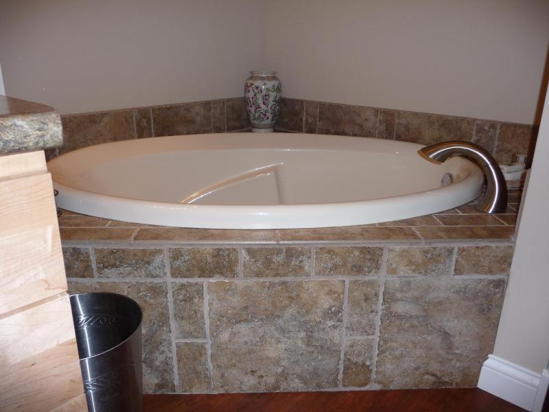 Bovenverdieping badkamer-soaking tub
