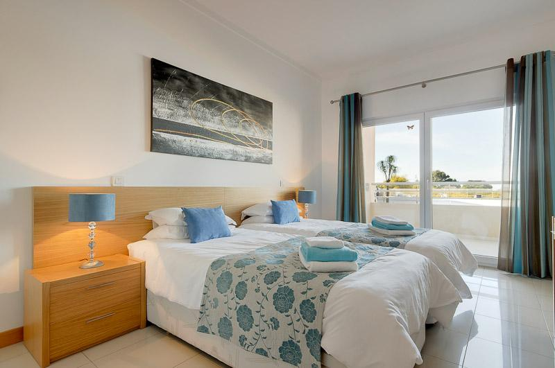 EXECUTIVE HOLIDAY NEAR BEACH, vacation rental in Albufeira