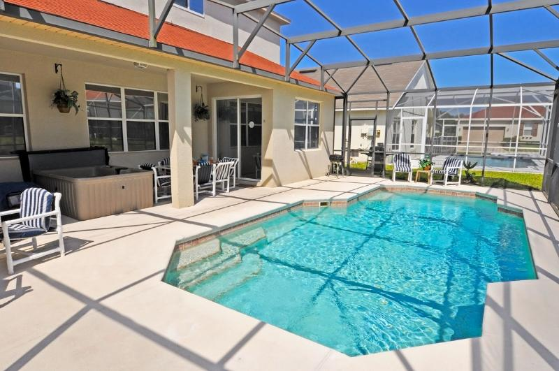 Sanitized, Spacious, Private South-Facing Pool, Wifi, BBQ, Covered Lanai, vacation rental in Orlando