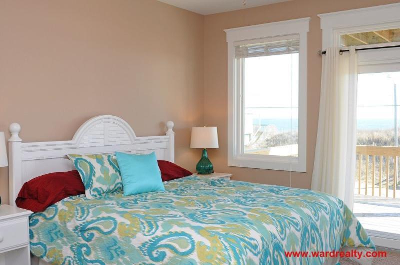 1st Floor Oceanside King Bedroom