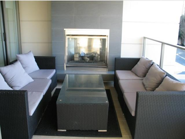 Common area by the Pool outside