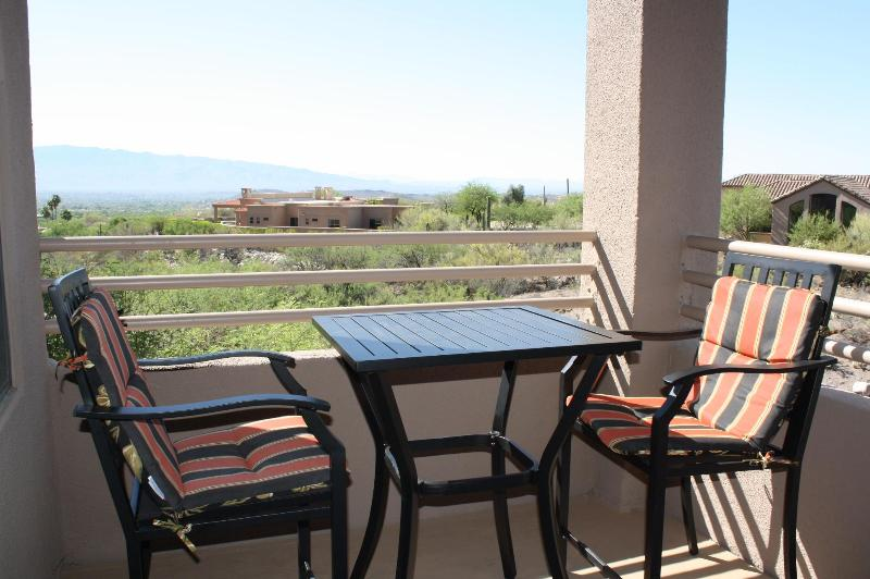 Do you like city views? Check Out This Place! (MINIMUM 30 DAY STAY), holiday rental in Mount Lemmon