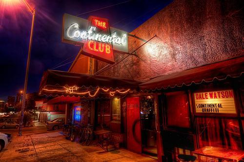 Live muziek op Zuid-Congres in het Continental Club horen!