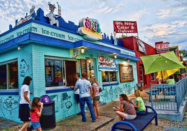 Haal een ijsje onderaan de straat op Amy's Ice Cream!
